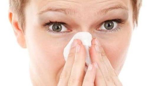 krvarenje iz nosa kako zaustaviti